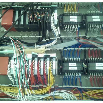 Tủ điện điều khiển hệ thống cấp liệu tự động